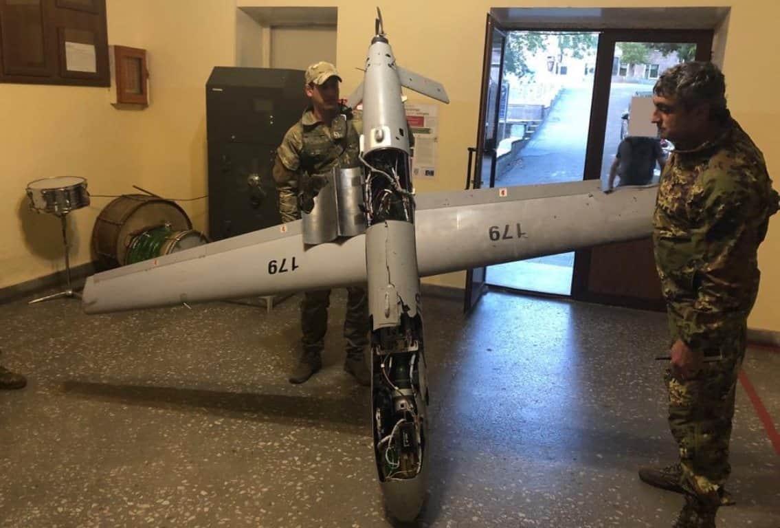 БПЛА SkyStriker Азербайджану захоплений вірменськими силами під час війни у Нагірному Карабасі. 2020 рік