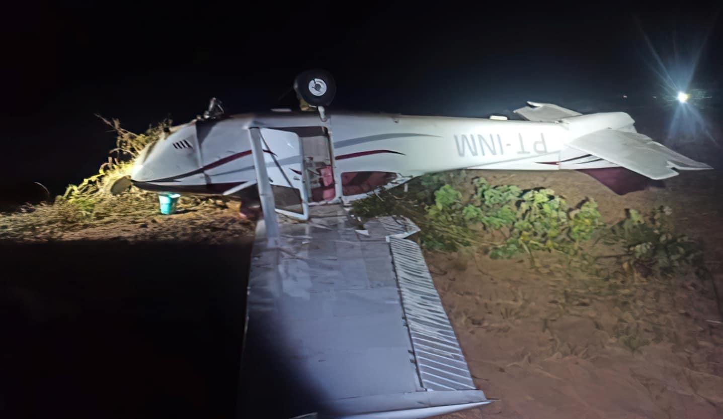 Літак-порушник повітряного простору Бразилії після перехоплення літаками A-29 «Super Tucano». Вересень 2021. Фото: ПС Бразилії