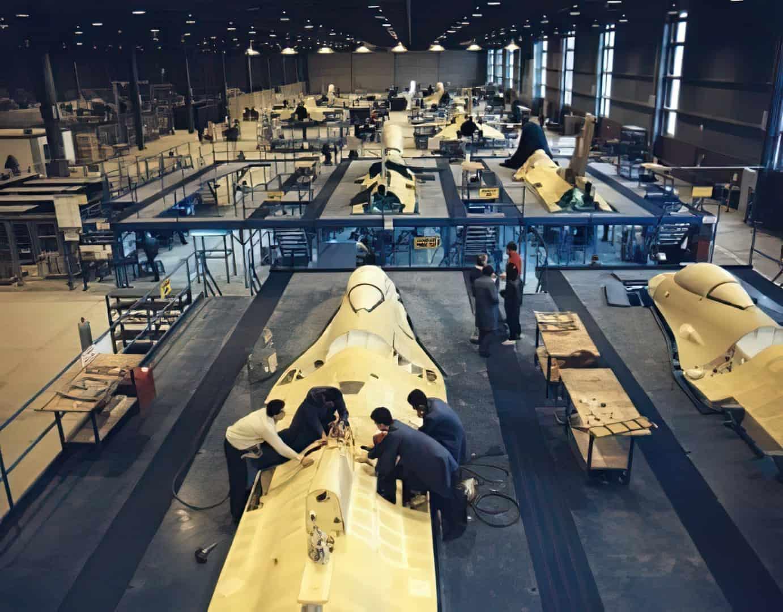 Збирання центральної частини фюзеляжів винищувачів F-16 у Туреччині