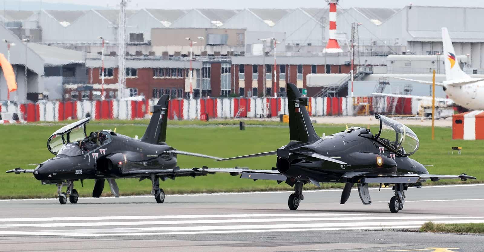 «Hawk» Mk167 під номером ZB131 та ZB133 Повітряних сил Катару. Вересень 2021. Фото: ЗМІ Британії