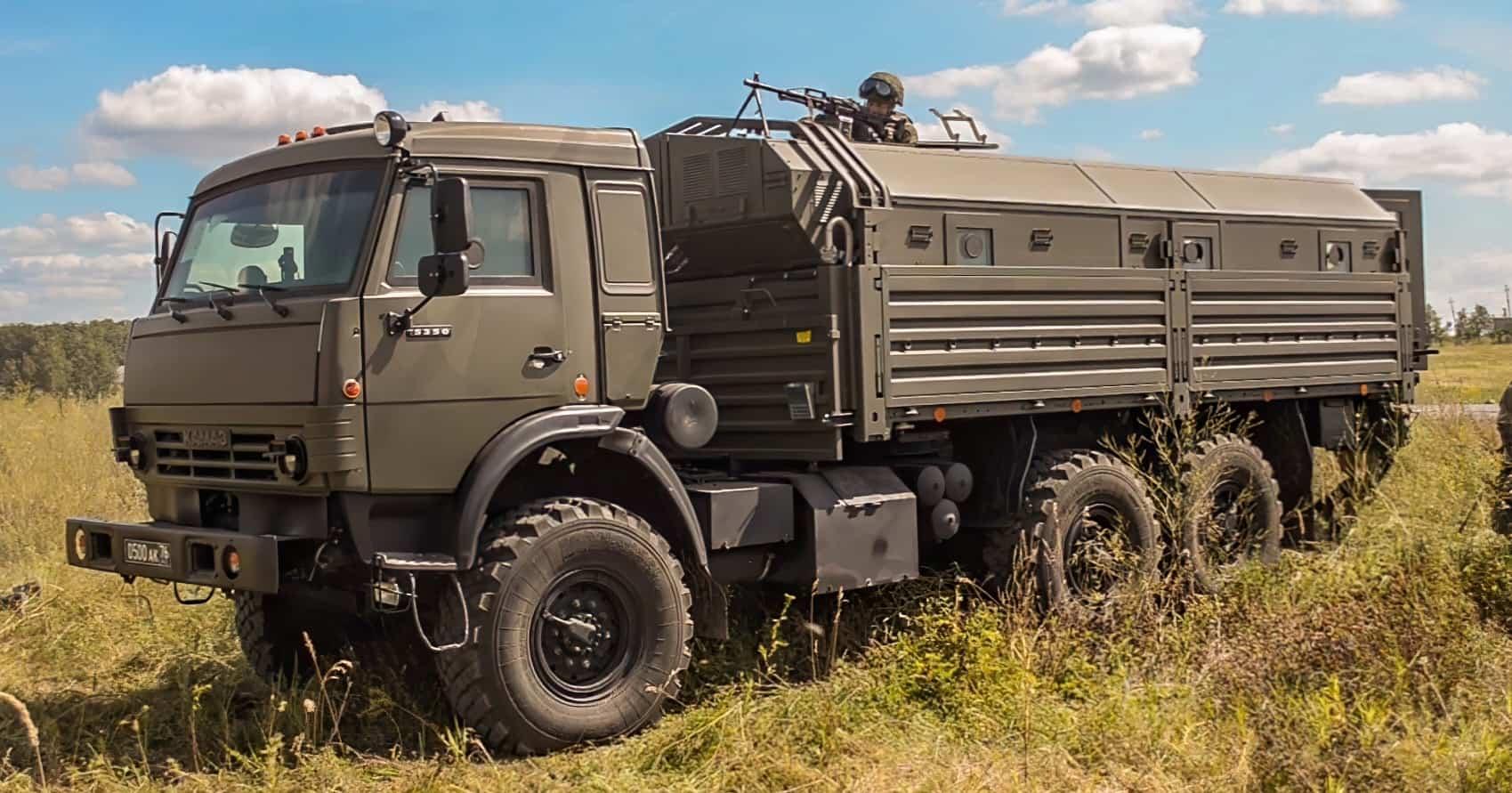 """Російський КамАЗ-5350 """"Мустанг"""" з комплексом додаткового захисту (КДЗ) ММ-501/2"""