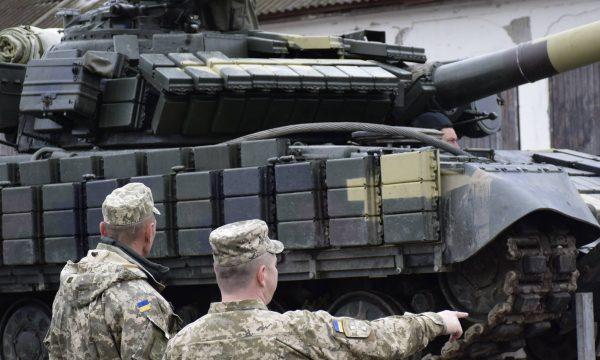 Модернізація танку Т-64БВ з тепловійзійним прицілом, GPS навігацією та іншими опціями почала надходити до Збройних Сил України.