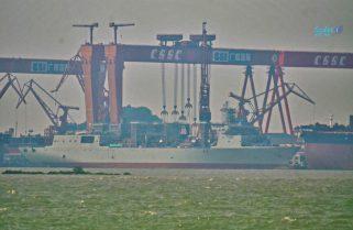 У Китаї спустили на воду вже друге океанське судно комплексного забезпечення