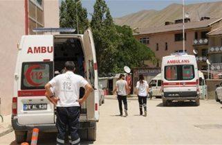 Курди підірвали машину з військовими на сході Туреччини