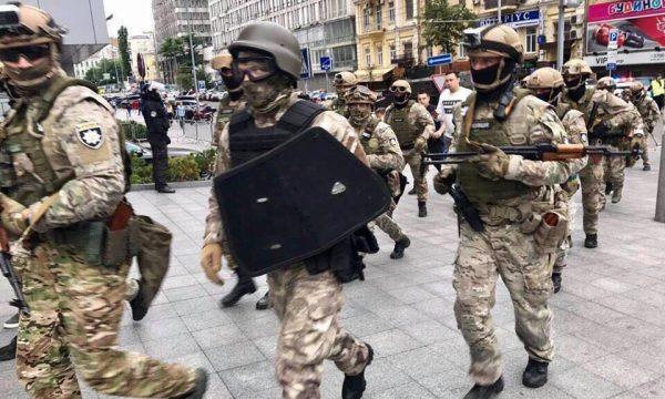 Правоохоронці проводять «другу хвилю» антикорупційної спецоперації