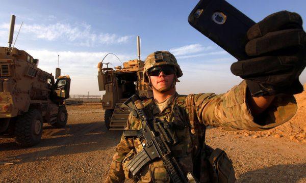 У кібервійні проти НАТО росіяни використовують мобільні телефони